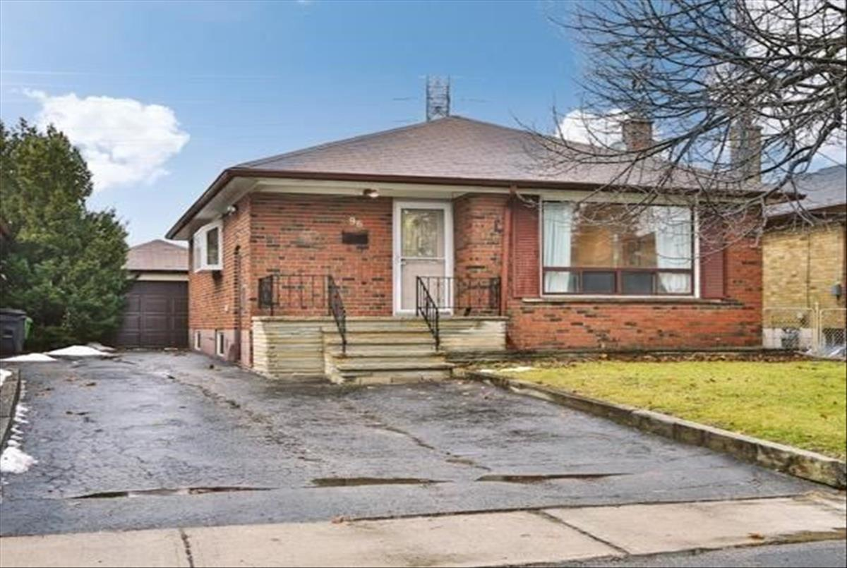 96 Roebuck Dr Toronto Tommy Lioutas