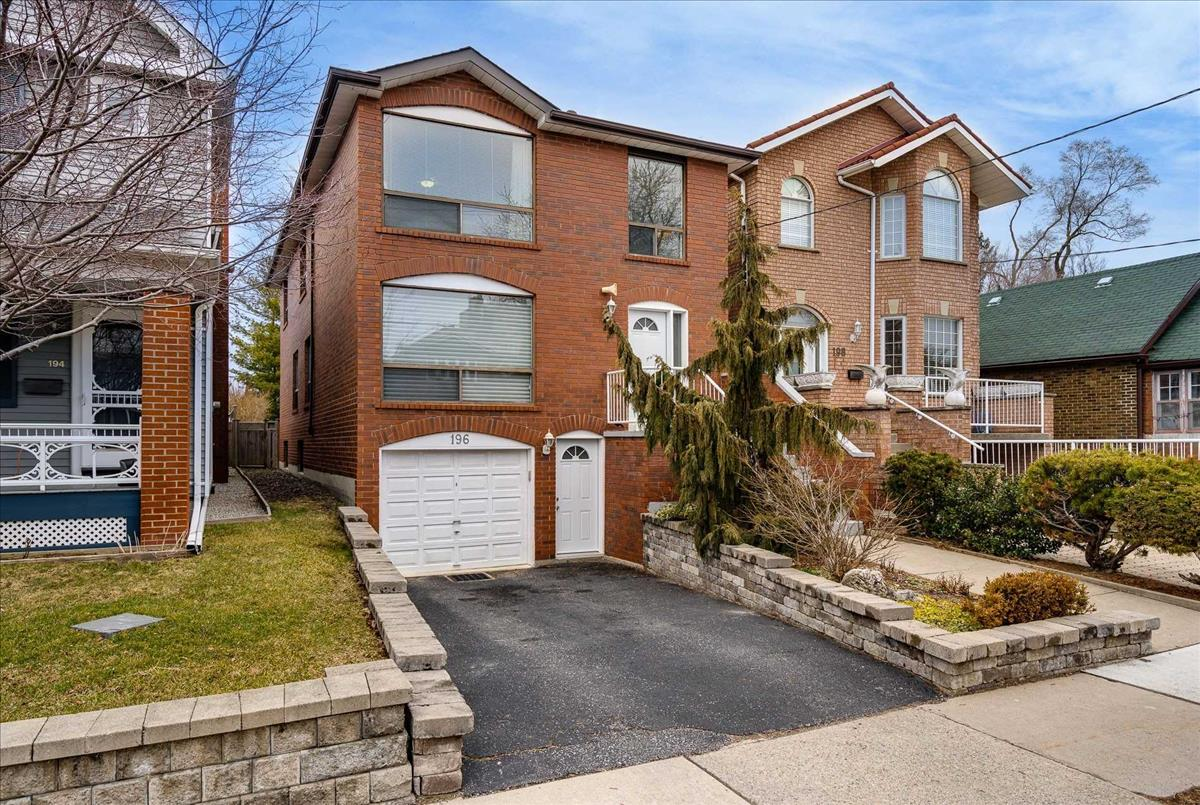 196 Gamble Ave Toronto Tommy Lioutas